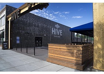 Oakland apartments for rent Mason at Hive