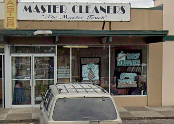 Eugene dry cleaner Master Cleaners