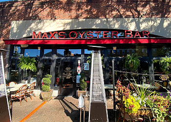 Hartford seafood restaurant Max's Oyster Bar