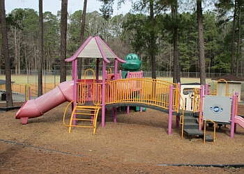 3 best public parks in fayetteville nc threebestrated for Fishing in fayetteville nc