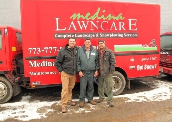 Chicago lawn care service Medina Lawncare