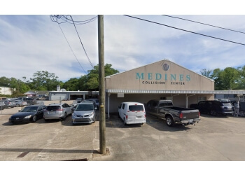 Baton Rouge auto body shop Medine's Collision Center