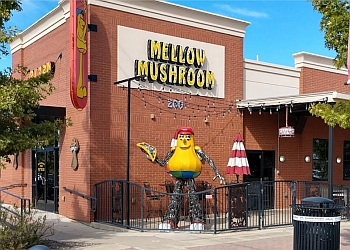 Arlington pizza place Mellow Mushroom