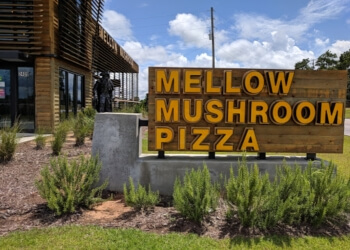 Mobile pizza place Mellow Mushroom