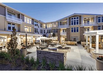 Huntington Beach assisted living facility Merrill Gardens at Huntington Beach