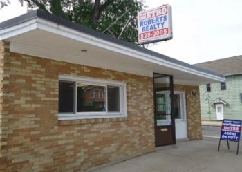 Buffalo real estate agent Metro Roberts Realty
