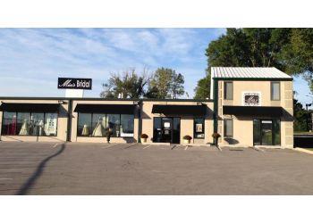 Olathe bridal shop Mia's Bridal & Tailoring