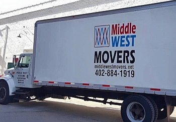 Omaha moving company Middle West Movers