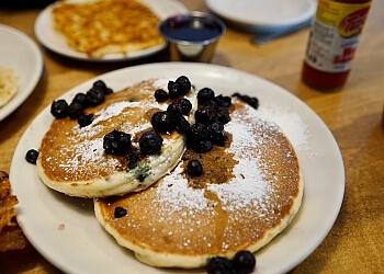 Winston Salem cafe Midtown Cafe & Dessertery
