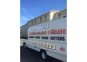 Rockford window company Midwest Seamless Gutters & Siding