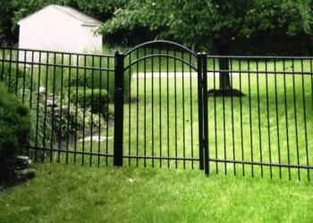Cincinnati fencing contractor Mills Fence Co.