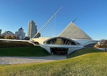 Milwaukee places to see Milwaukee Art Museum
