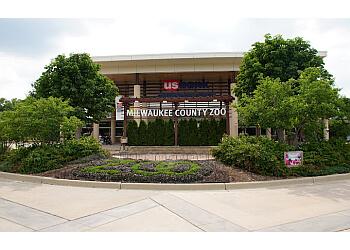 Milwaukee places to see Milwaukee County Zoo