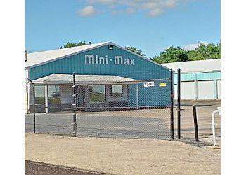 Peoria storage unit Mini-Max Storage