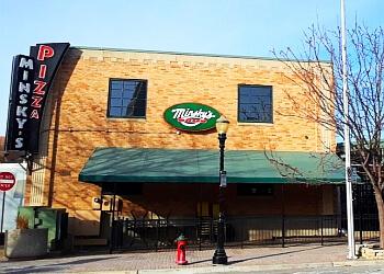 Kansas City pizza place Minsky's Pizza