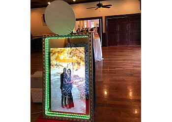 Augusta photo booth company Mirror One Photo Booth