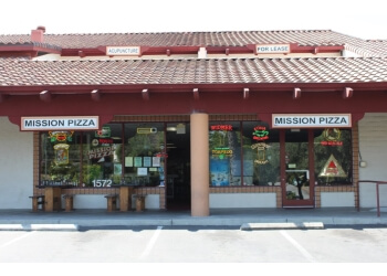 Fremont pizza place Mission Pizza & Pub