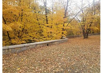 Minneapolis hiking trail Mississippi Gorge Regional Park