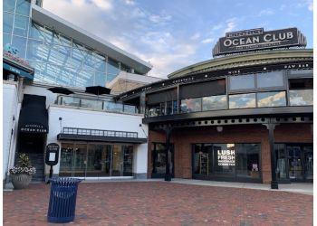 Columbus seafood restaurant Mitchell's Ocean Club