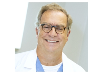 Memphis pain management doctor Moacir Schnapp, MD