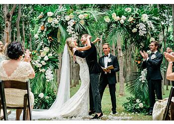 Honolulu wedding planner Moana Belle Events