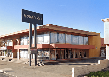 Anaheim bridal shop Moda 2000