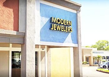 Torrance jewelry Modern Jewelers