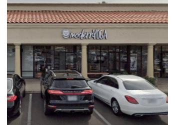 Scottsdale yoga studio Modern Yoga