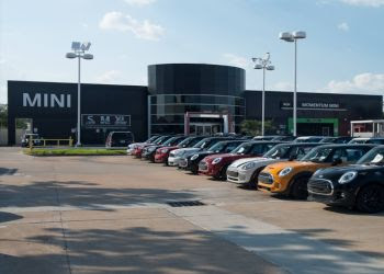 Houston car dealership Momentum MINI