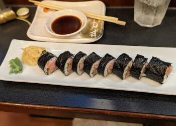 Alexandria sushi Momo Sushi & Cafe