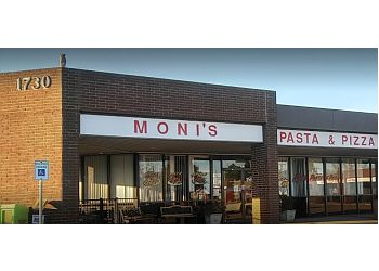 Arlington pizza place Moni's Pasta and Pizza