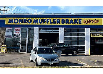 Baltimore car repair shop Monro Auto Service And Tire Centers