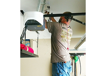 Gilbert garage door repair Monsoon Doors LLC  sc 1 st  ThreeBestRated.com & 3 Best Garage Door Repair in Gilbert AZ - ThreeBestRated