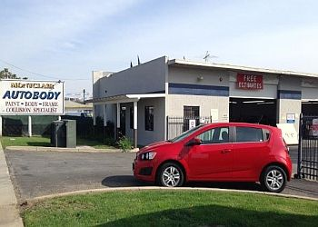 Ontario auto body shop Montclair Auto Body