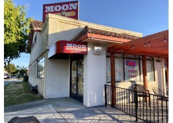 Hayward indian restaurant Moon Indian Cuisine
