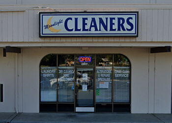 Elk Grove dry cleaner Moonlight Cleaners