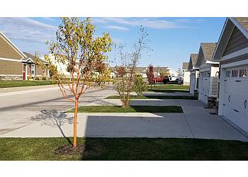 Des Moines lawn care service Mo's lawn care services LLC