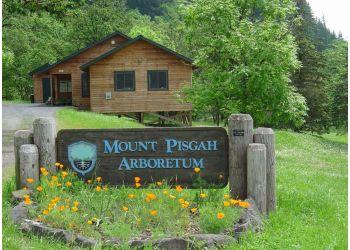 Eugene hiking trail Mount Pisgah Arboretum
