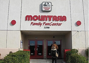 Mountasia Family Fun Center Santa Clarita Amusement Parks