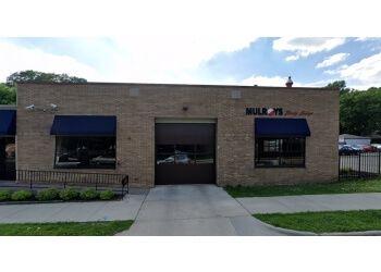 Minneapolis auto body shop Mulroy's Body Shop
