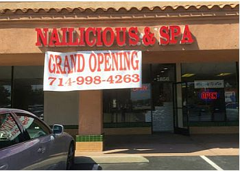 Orange nail salon Nailicious & Spa