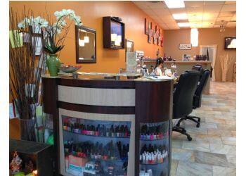 Columbus nail salon Nails On Neil