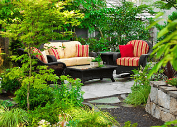 Des Moines landscaping company Natural Impressions Landscaping, LLC