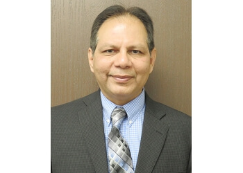 Victorville pain management doctor Navdeep Loomba, MD