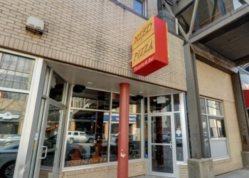 Cedar Rapids pizza place Need Pizza