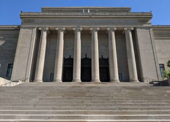 Kansas City places to see Nelson-Atkins Museum of Art