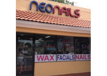 Miami nail salon Neo Nails