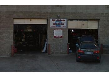 Minneapolis car repair shop Nghia's Automotive Services Center