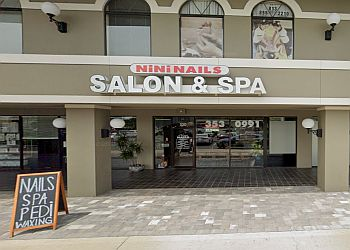 Tampa nail salon NiNi Nails Salon & Spa