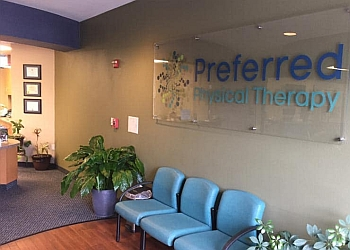 3 Best Physical Therapists in Glendale, AZ - Expert ...